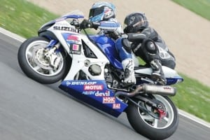 Réaliser un baptème de piste à moto pour un enterrement vie garcon