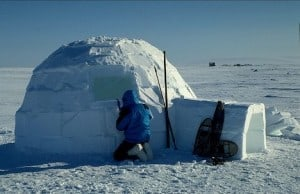 Emmener les futurs mariés dormir dans un igloo, ils s'en souviendront !
