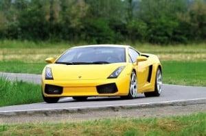 Stage de pilotage en voiture de sport